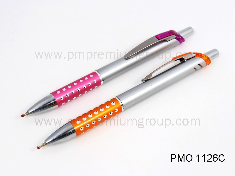 ปากกาลูกลื่นหมึกน้ำมัน PMO 1126C